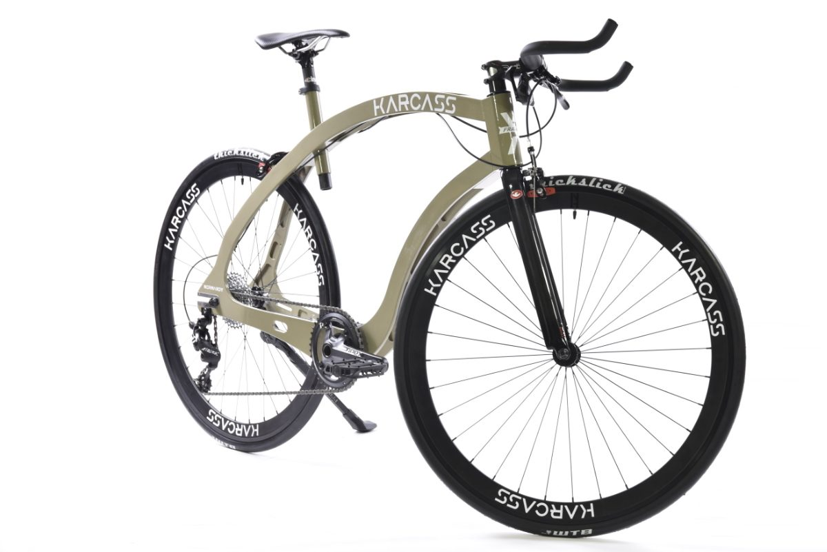vélo karcass modèle KC5 sur fond blanc