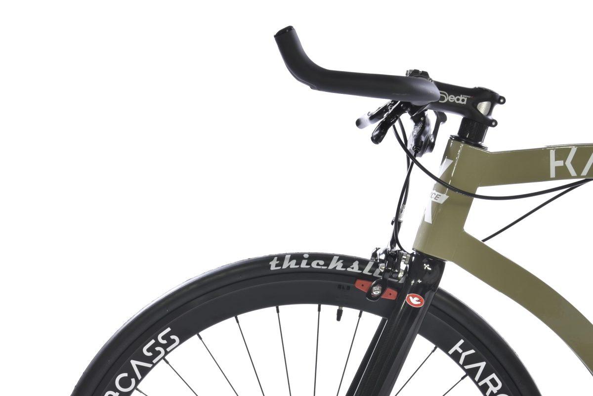 Guidon de la marque Deda du vélo karcass modèle KC5
